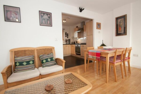 Dining and Living Area, White Lion Serviced Apartments, Islington, London