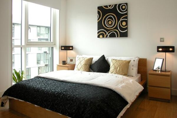 Bedroom, Times Square Serviced Apartments, Aldgate - thumbnail