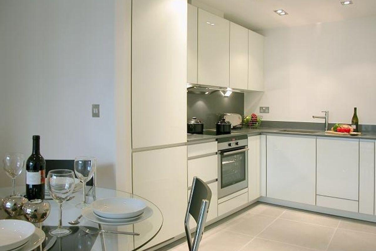 Kitchen, Times Square Serviced Apartments, Aldgate