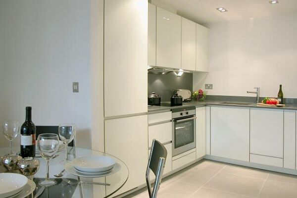 Kitchen, Times Square Serviced Apartments, Aldgate - thumbnail