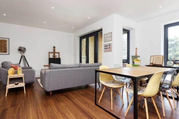 Dining Area, Skylark Court Serviced Apartment, Putney, London