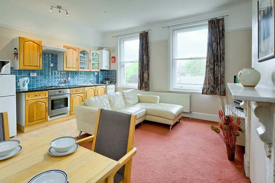 Coventry Apartment - Lewisham, South East London
