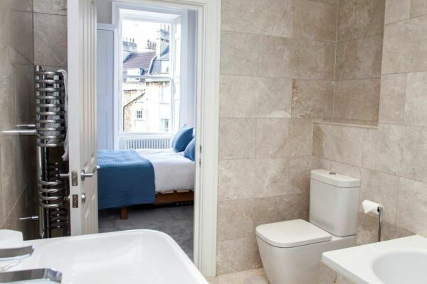 Bathroom, New Brunswick Serviced Apartments, Bath