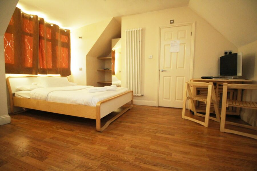Hillbrook Road Apartments - Tooting, South West London