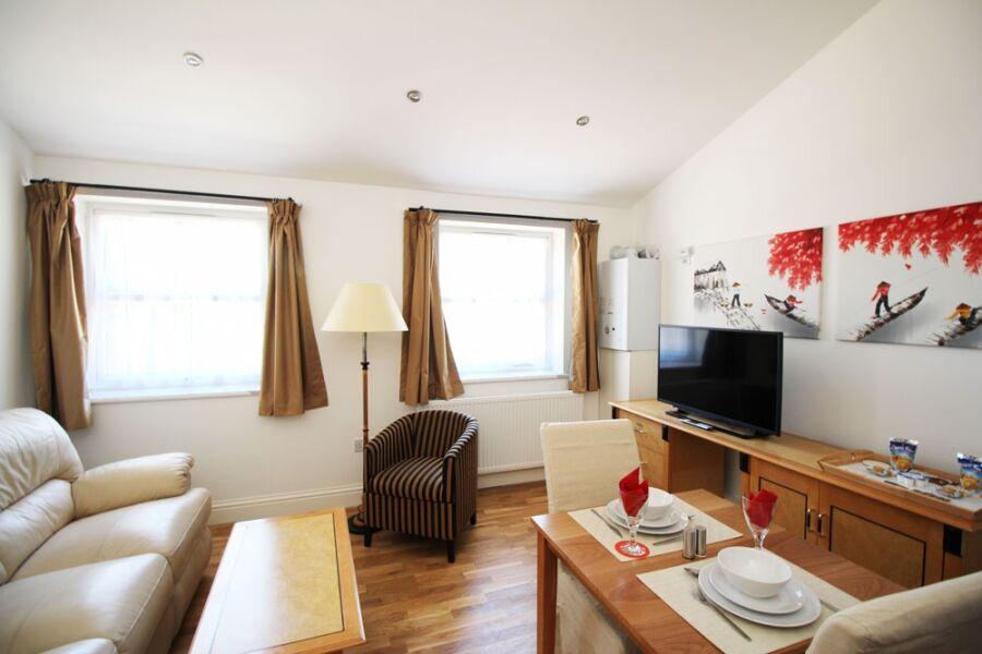 Wellesley Apartments - Croydon, Greater London