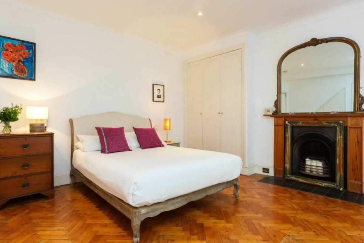 Bedroom, Notting Hill Gardens Serviced Apartments, London
