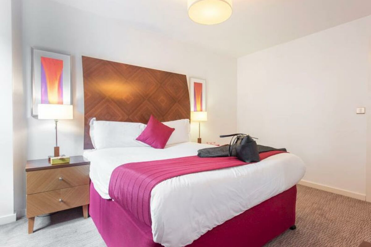 Bedroom, Manchester Premier Serviced Apartments, Manchester