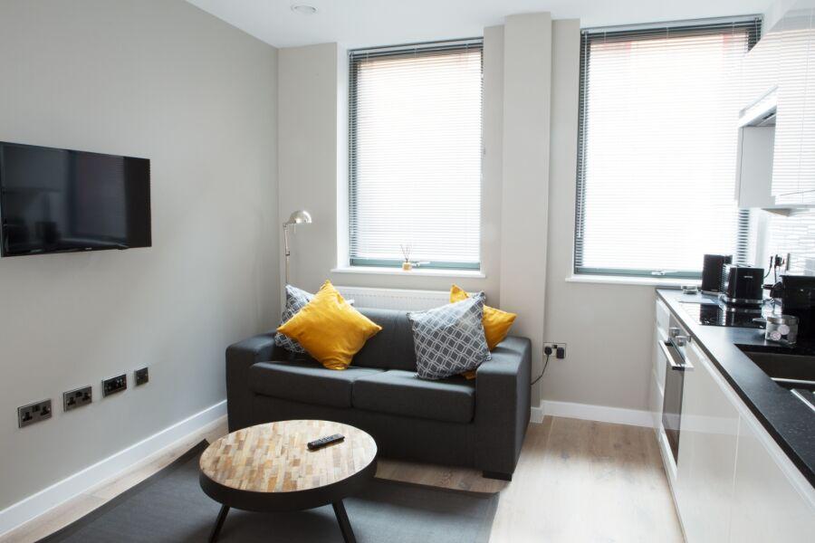 Garrard House Apartment