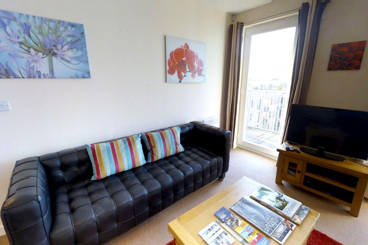 Living Area, The Triangle Serviced Apartments, Cambridge