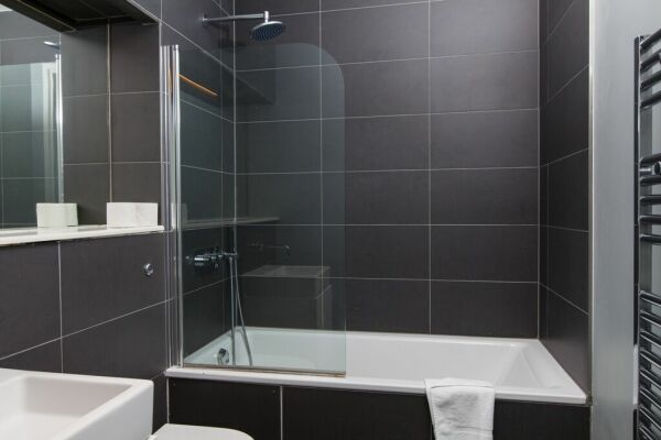 Bathroom, serviced apartment, Clerkenwell and Finsbury