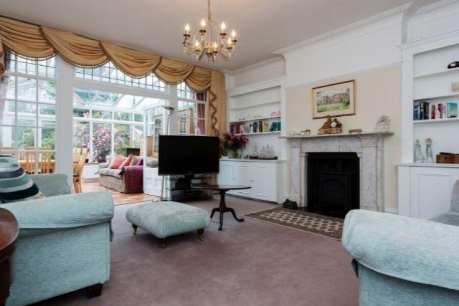 Greenwich Accommodation