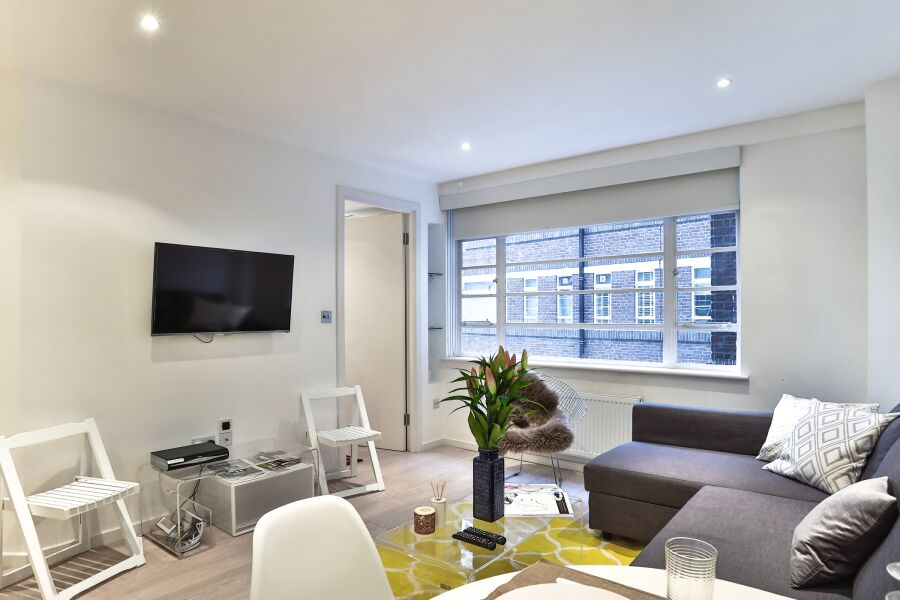 Sloane Avenue Apartment - Chelsea, Central London