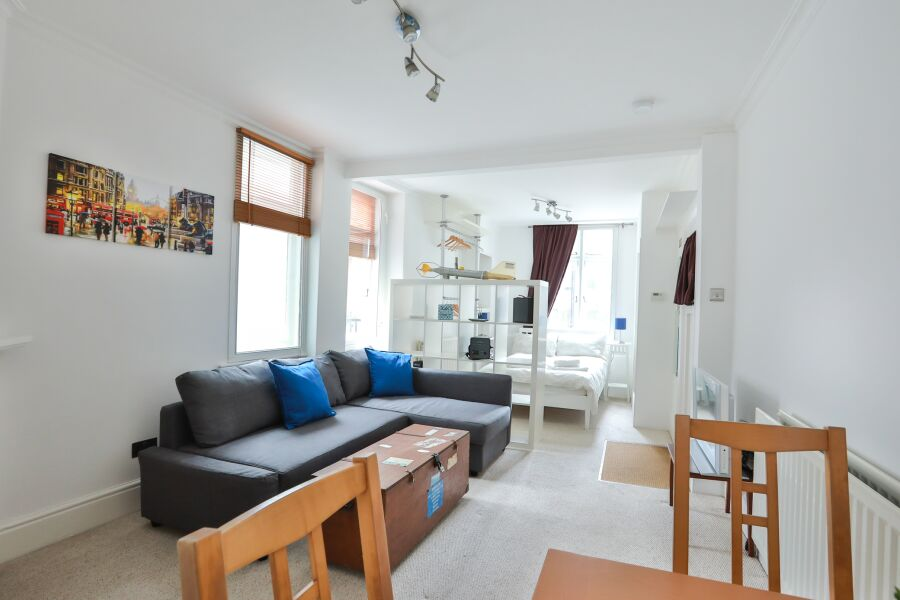 Catherine House Apartment - Westminster, Central London