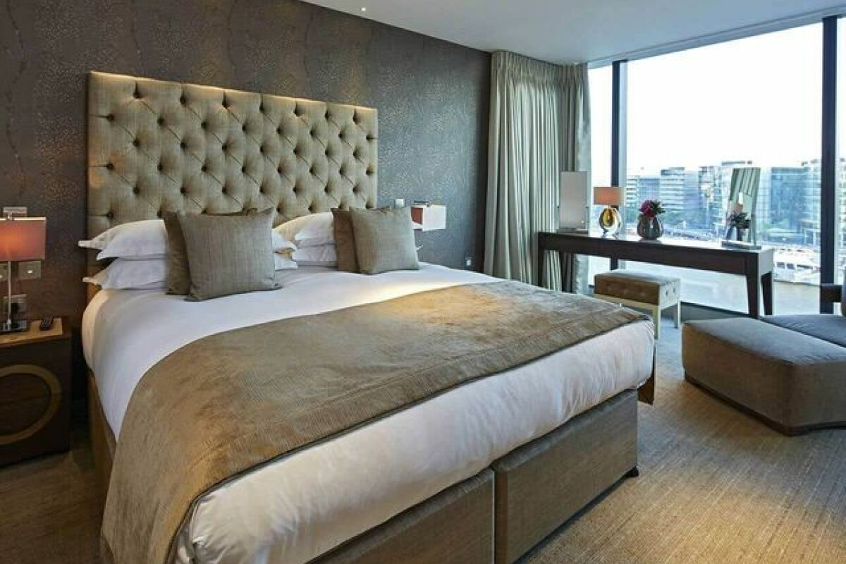 Bedroom, Three Quays Serviced Apartment, London