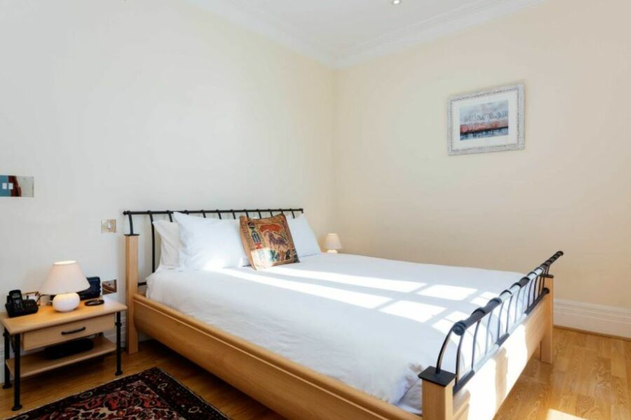 Lavender Accommodation - Richmond, West London