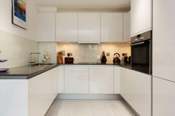 Kitchen, London Bridge Serviced Apartment, Southwark