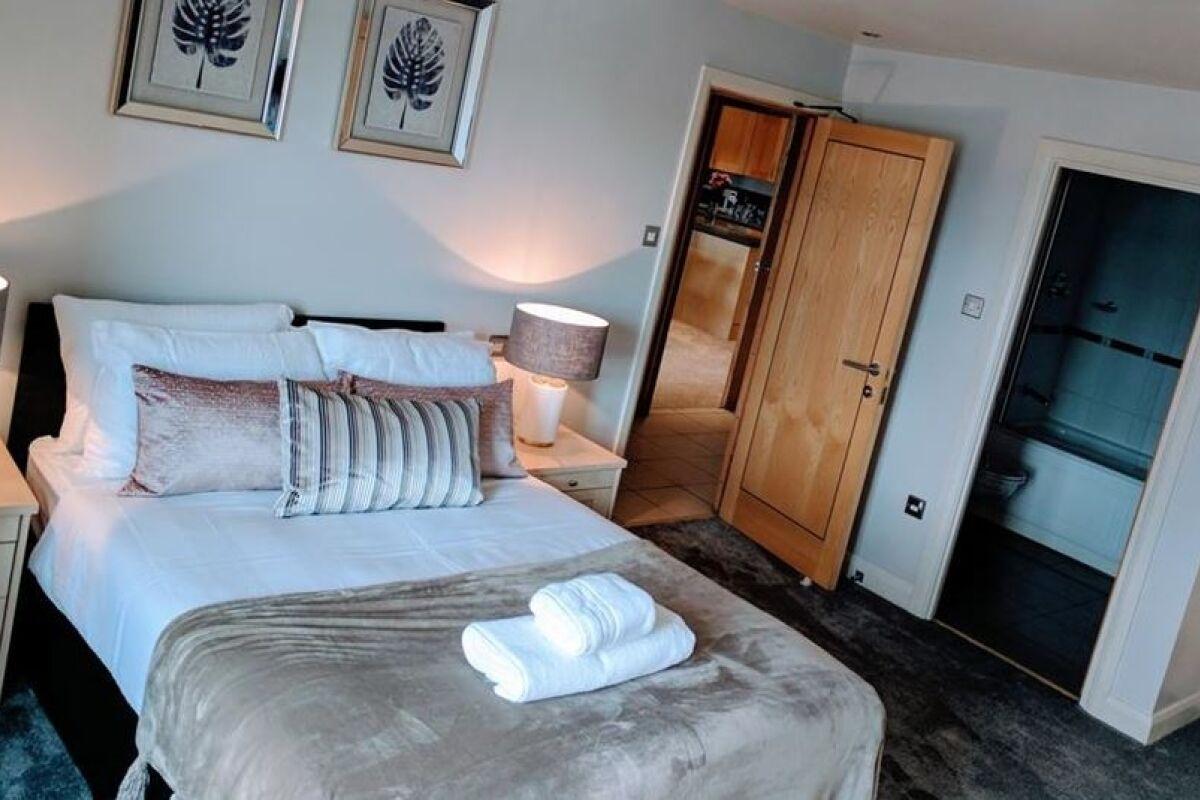 Bedroom, Waterloo Street Serviced Apartments, Leeds