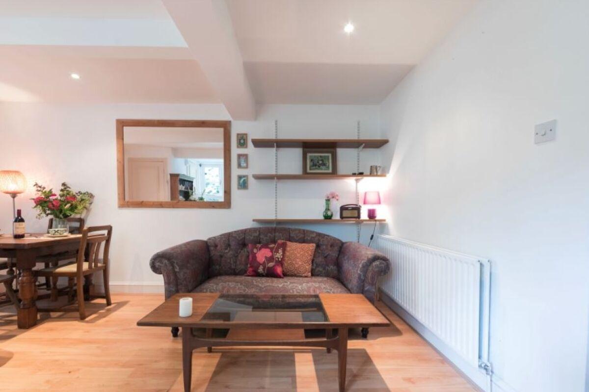 Living Area, Primrose Hill Cottage Serviced Accommodation, Camden, London