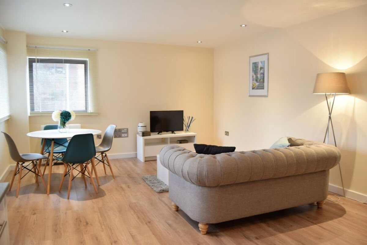 Living Area, Morland House Serviced Apartments, Romford