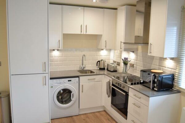 Kitchen, Morland House Serviced Apartments, Romford