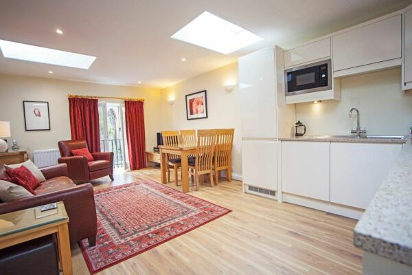 Open Plan Living Area, Sydney Mews House Serviced Apartments, Bath