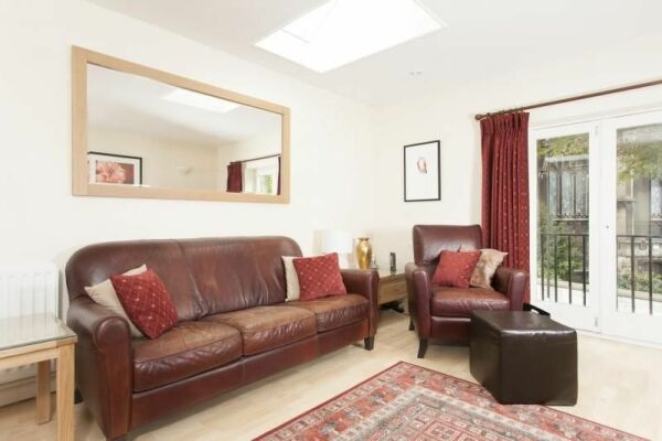 Sitting Area, Sydney Mews House Serviced Apartments, Bath