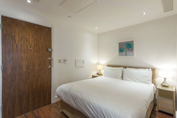 Bedroom, Lincoln Plaza Serviced Apartments, London