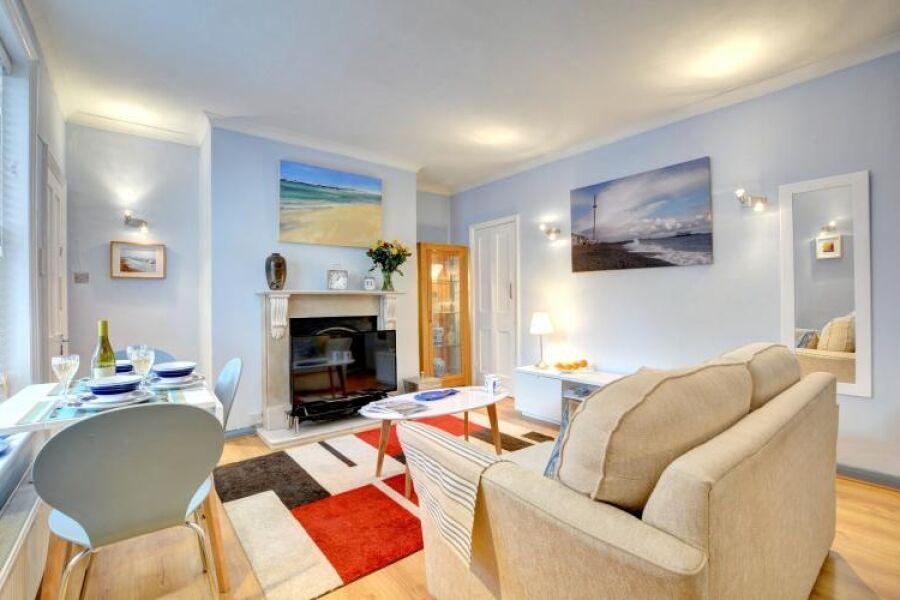 Terra Nostra Apartment - Hove, Brighton