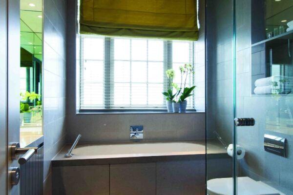 Bathroom, Bentinck Street Serviced Apartments, Marylebone