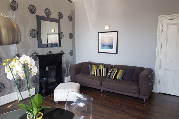 Living Room Warwick Place Serviced Apartments, Leamington Spa