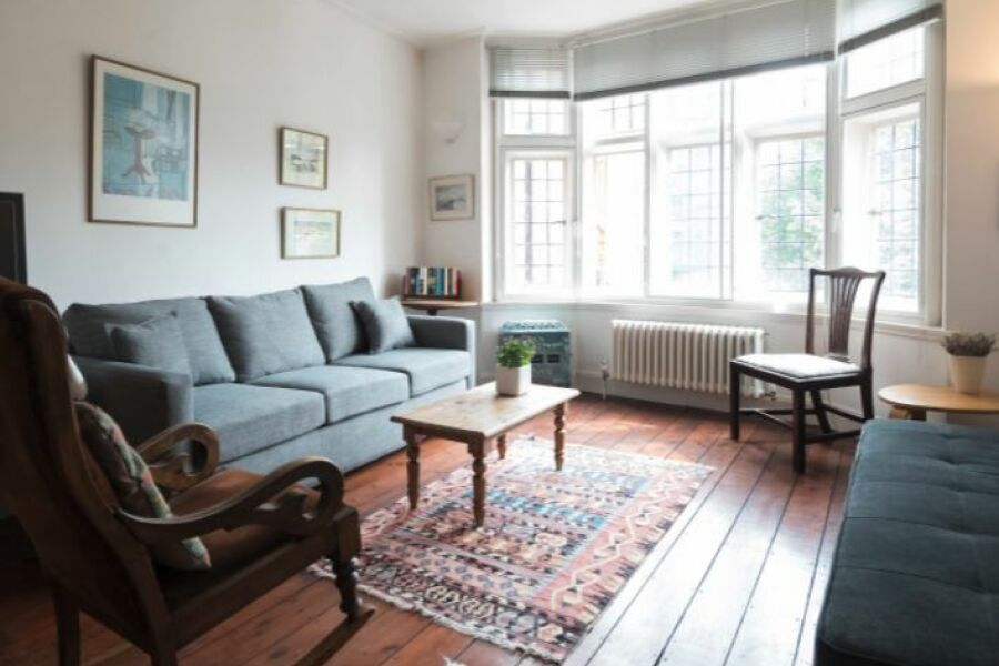 Queen Court Apartment - Fitzrovia, Central London