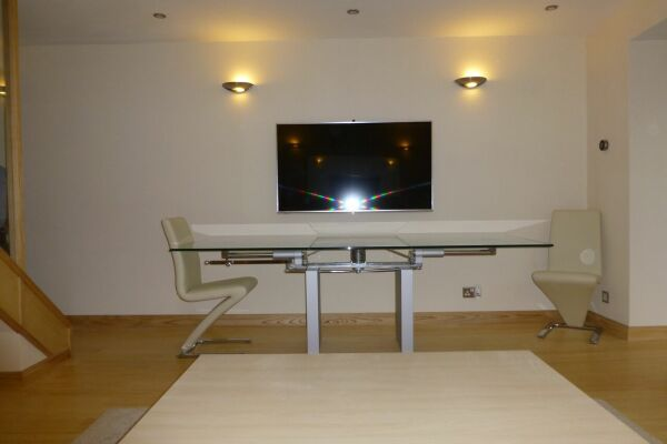 Dining Area,  Barkus Way Serviced Apartment, High Wycombe