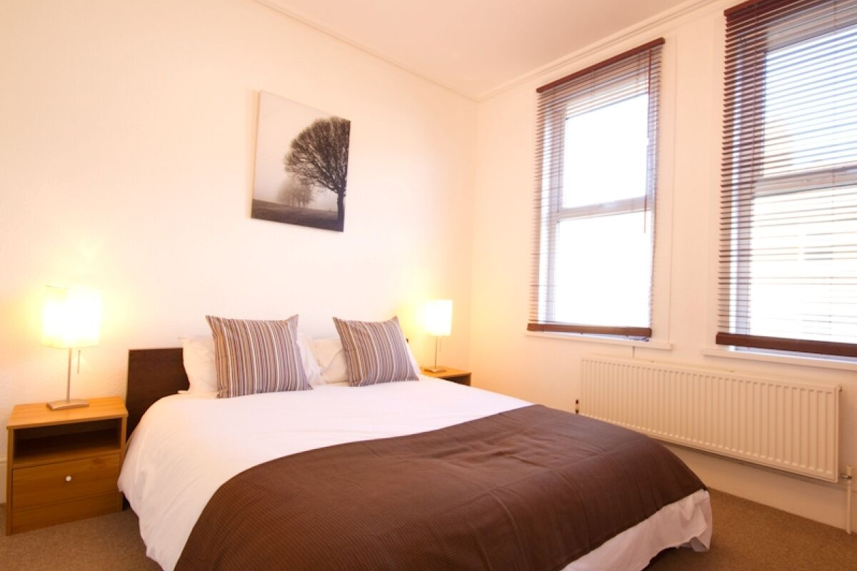 Bedroom, Number 95 Serviced Apartments, Eastbourne