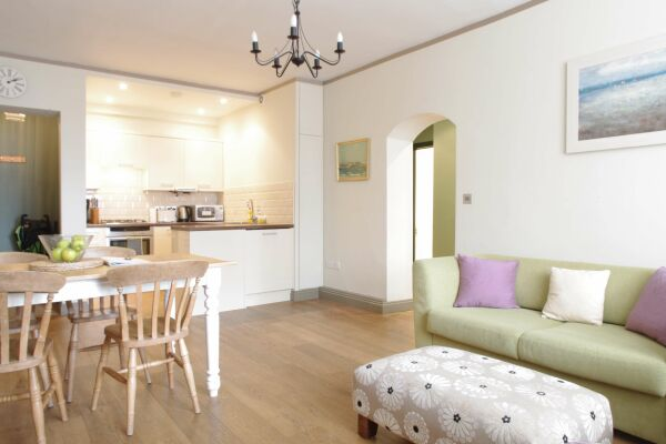 Hurlingham Apartment - Fulham, West London