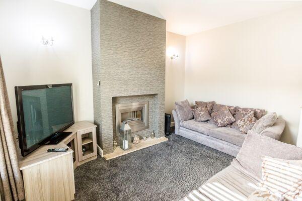 Sitting Area, Woodside Villa Serviced Apartments, Huddersfield
