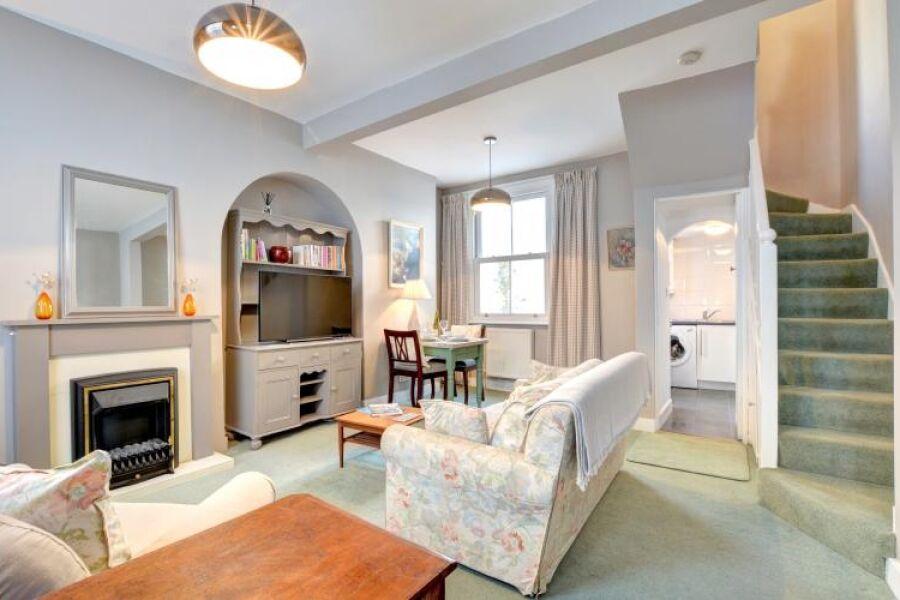 Mousehole House Accommodation - Brighton, United Kingdom