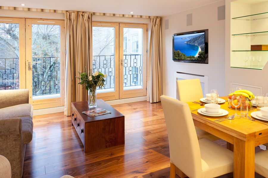 Tavistock Place Apartments - Holborn, Central London