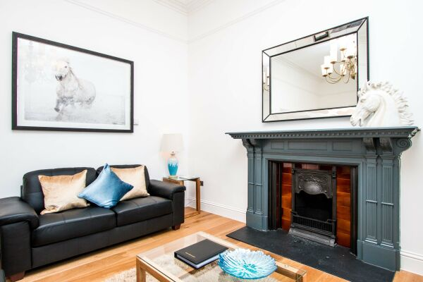Living Room, Beaufort House Serviced Apartments, Bristol
