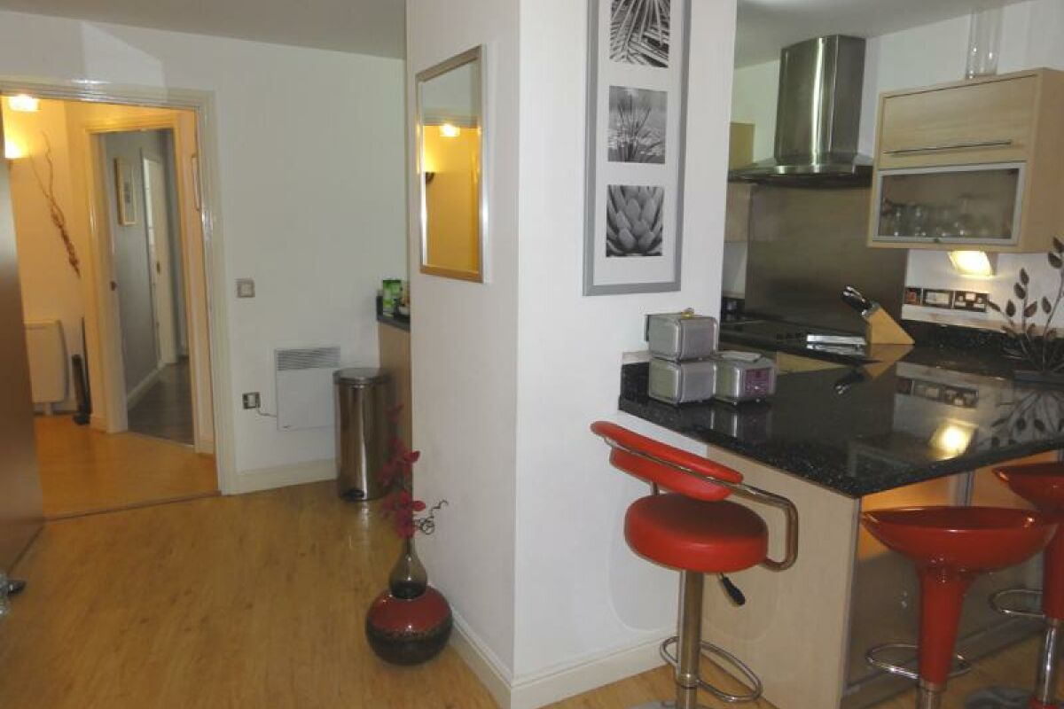Kitchen, Canalside Serviced Apartments, Chester