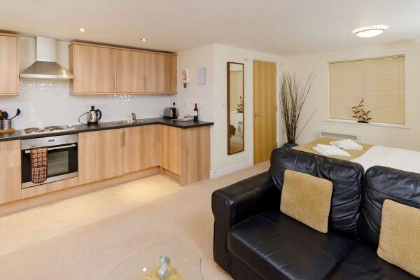 Kitchen, Cotham Lawn Serviced Apartments, Bristol