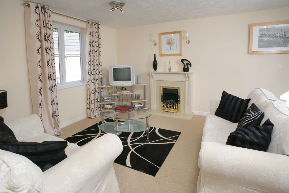 Living Room, Orchard Gate Serviced Apartments, Bristol