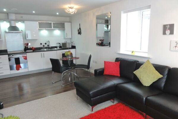 Living Room and Kitchen, Saddlery Way Serviced Apartments, Chester
