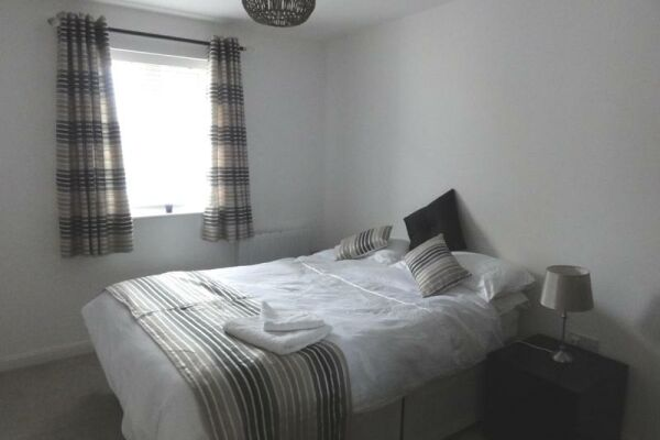 Bedroom, Saddlery Way Serviced Apartments, Chester