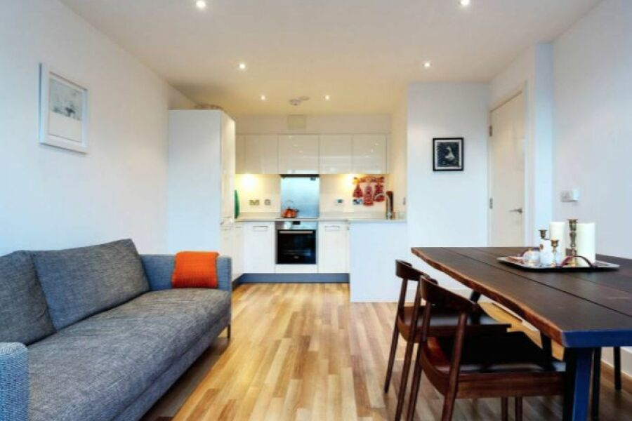 Claremont Court Apartment - Hackney, North East London