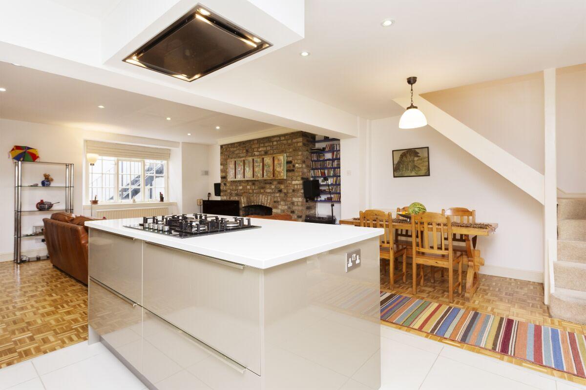 Kitchen, Almeida Street Serviced Apartment, Islington