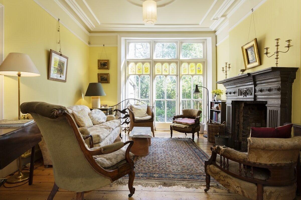 Living Area, Oakfield Road Serviced Apartment, Islington