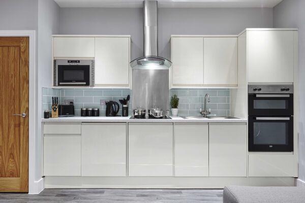 Kitchen, Saint Johns Serviced Apartment, Gloucester