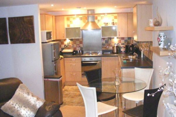 Kitchen Area, Racecourse Serviced Apartments, Chester
