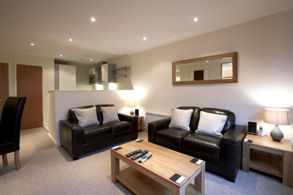 The Paramount Serviced Apartments, Living Room, Swindon