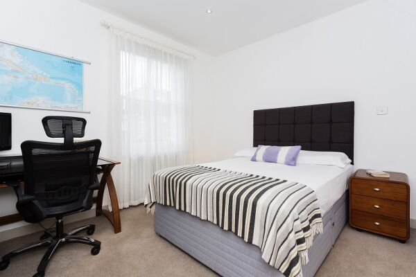 Palace Road Accommodation - Fulham, West London